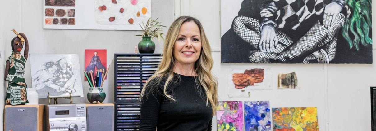 Sue Helmot Artist in her studio in Carnarvon in the remote Gascoyne region of Western Australia