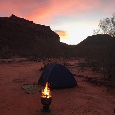 Sue Helmot Australian Artist field trip at Kennedy Range